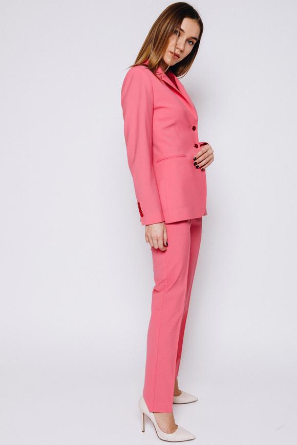 Розовый приталенный костюм из тонкой шерсти в прокат и аренду в Киеве, Одессе, Харькове. Фото 1