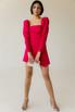 Платье-мини малинового цвета с обьемными плечами и ассиметрией в прокат и аренду в Киеве. Фото 3