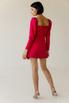 Платье-мини малинового цвета с обьемными плечами и ассиметрией в прокат и аренду в Киеве. Фото 5
