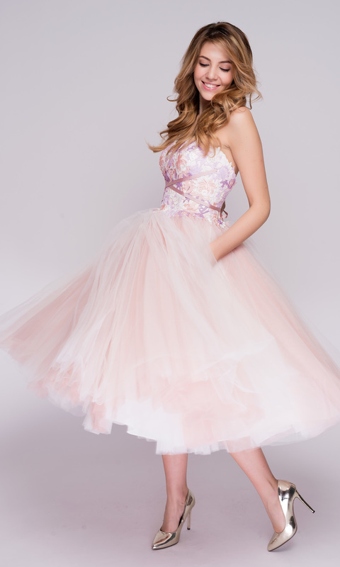 Розово-сиреневое корсетное платье с фатиновой юбкой