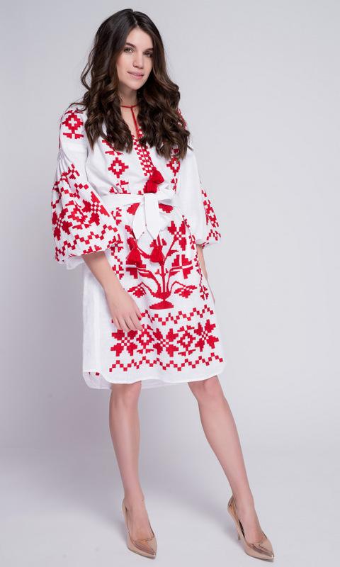 Белая вышиванка с красной вышивкой в прокат и аренду в Киеве. Фото 2
