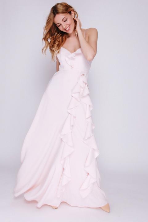 Розовое платье в пол с воланами