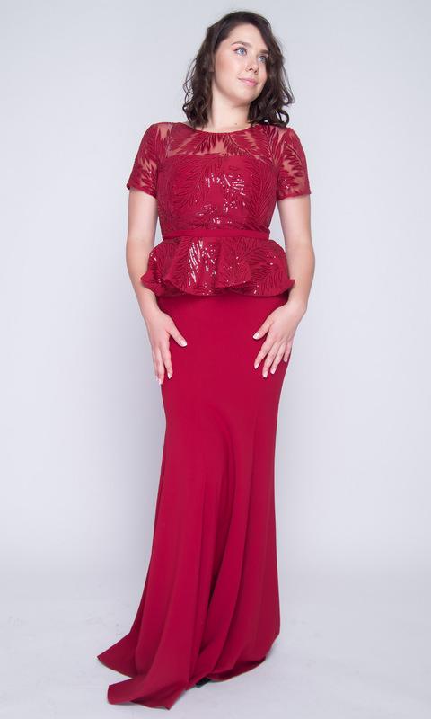 Платье с баской бордового цвета