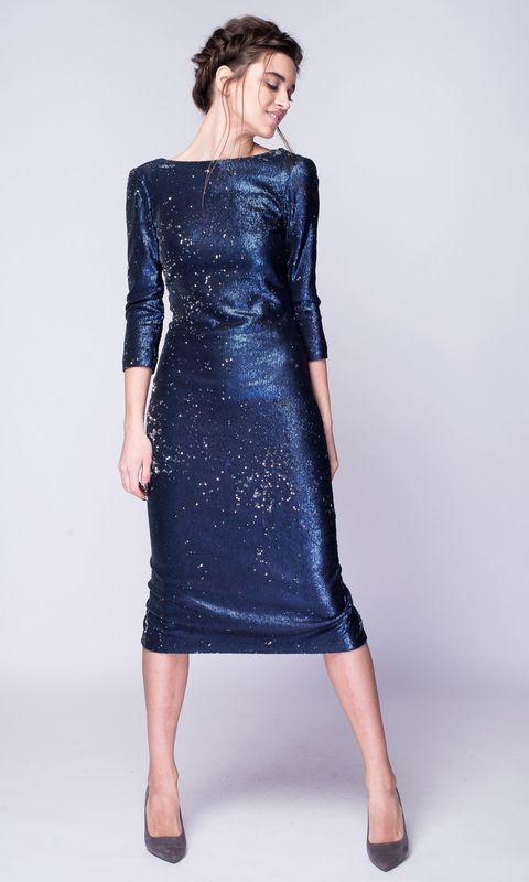 Платье миди в темно-синих пайетках