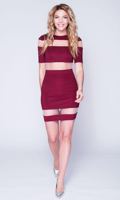 Бордовое платье mini с сеткой