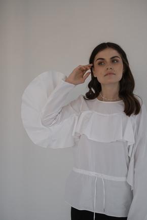Біла шовкова блузка в прокат и oренду в Киiвi. Фото 1