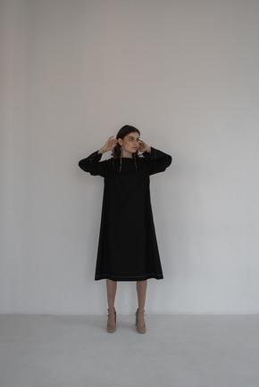 Сукня довжини міді вільного крою з білою строчкою в прокат и oренду в Киiвi. Фото 2