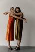 Бархатное платье миди свободного кроя оливкового цвета в прокат и аренду в Киеве, Одессе, Харькове. Фото 1