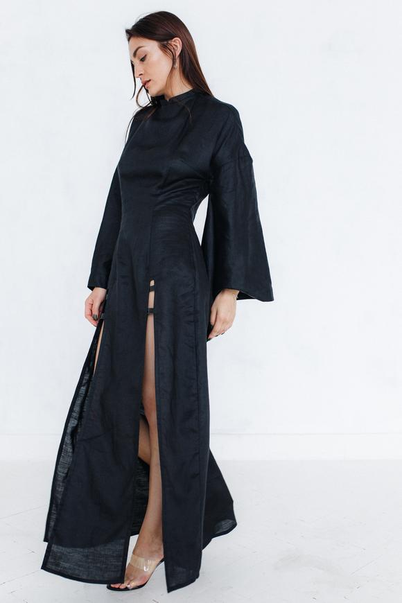 Платье из черного льна с широкими рукавами и вставками из кожи питона в прокат и аренду в Киеве. Фото 2