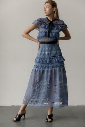 Сукня міді з мережива з коміром і контрастним поясом в прокат и oренду в Киiвi. Фото 1
