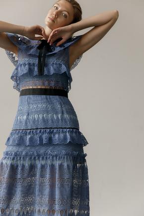 Сукня міді з мережива з коміром і контрастним поясом в прокат и oренду в Киiвi. Фото 2