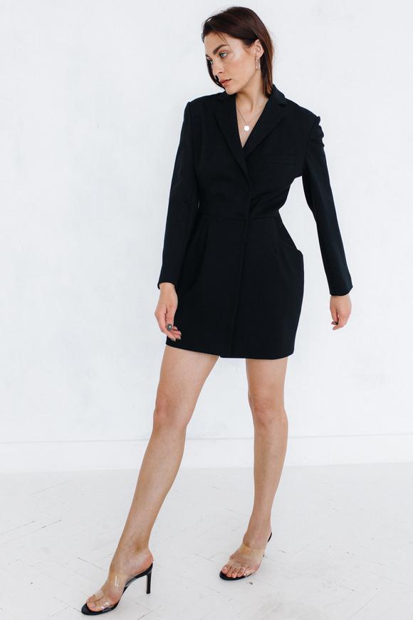 Черное платье-пиджак мини с отрезной талией в прокат и аренду в Киеве. Фото 2