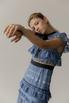 Платье миди из кружева с воротником и контрастным поясом в прокат и аренду в Киеве. Фото 5