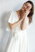 Шелковое платье миди на запах с воланом на рукаве молочного цвета в прокат и аренду в Киеве, Одессе, Харькове. Фото 6
