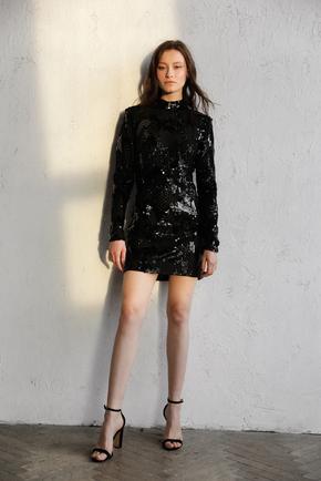 Чорна сукня міні в паєтки та бісер з відкритою спиною і рукавом в прокат и oренду в Киiвi. Фото 2
