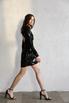 Черное платье мини в пайетки и бисер с открытой спиной и рукавом в прокат и аренду в Киеве. Фото 1