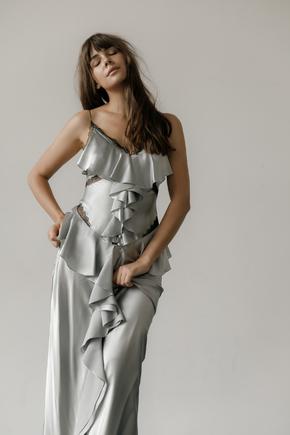 Сукня комбінація срібного кольору з оборками в підлогу в прокат и oренду в Киiвi. Фото 2