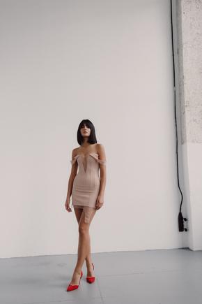 Корсетна бежева сукня зі вставками з сітки в прокат и oренду в Киiвi. Фото 2