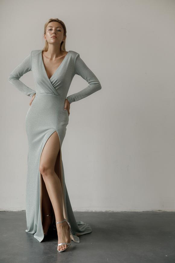 Голубое вечернее платье в пол с глубоким декольте и шлейфом в прокат и аренду в Киеве, Одессе, Харькове. Фото 2