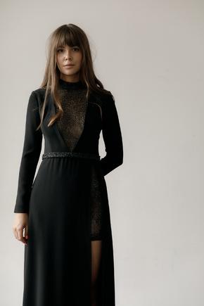 Чорна сукня в підлогу з розрізом і вишивкою з бісеру та пір'ям в прокат и oренду в Киiвi. Фото 2