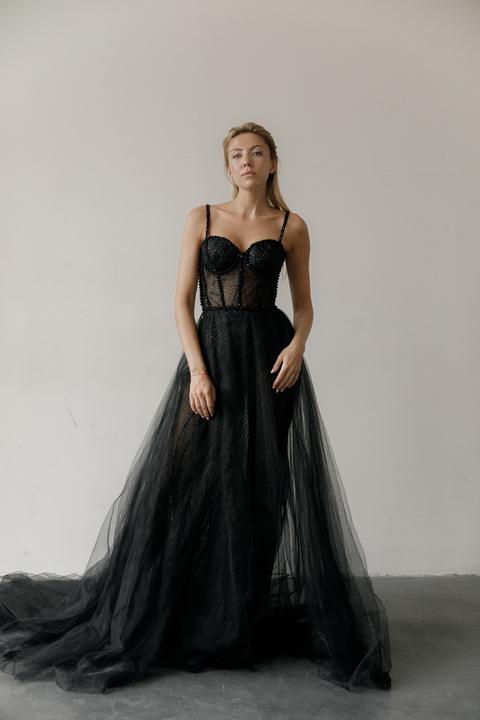 Корсетное платье расшитое бисером с прозрачной юбкой и боди