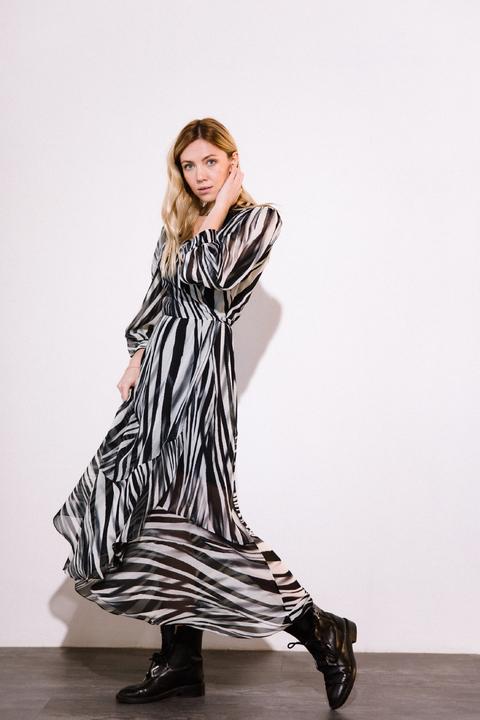 Шифоновое платье миди с принтом зебра