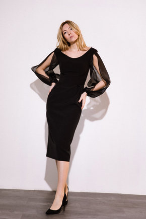 Чорна сукня футляр довжини міді з рукавами з органзи в прокат и oренду в Киiвi. Фото 1