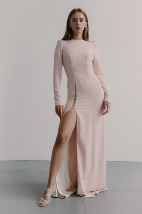 Рожеве плаття з трикотажу з довгим рукавом і розрізом в прокат и oренду в Киiвi. Фото 1
