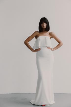 Біле плаття-бюстьє з воланом на грудях в прокат и oренду в Киiвi. Фото 1