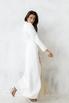 Белое длинное платье-фрак с декоративными драпировками в прокат и аренду в Киеве. Фото 4