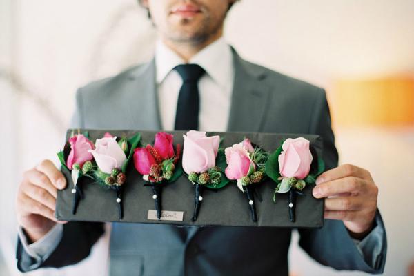 Как сделать бутоньерку для невесты своими руками