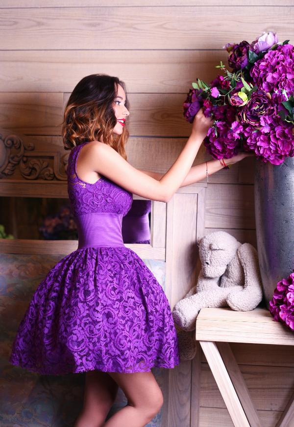 Платья фиолетовые