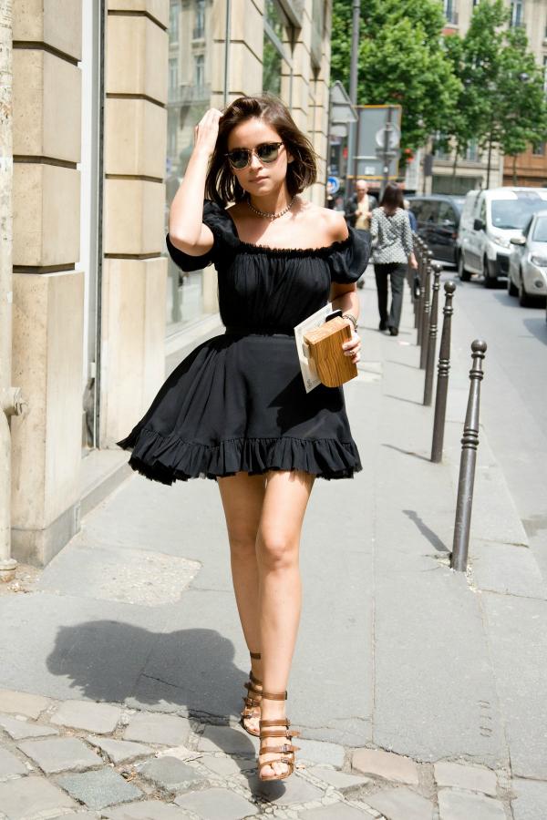Теги: платье с открытыми