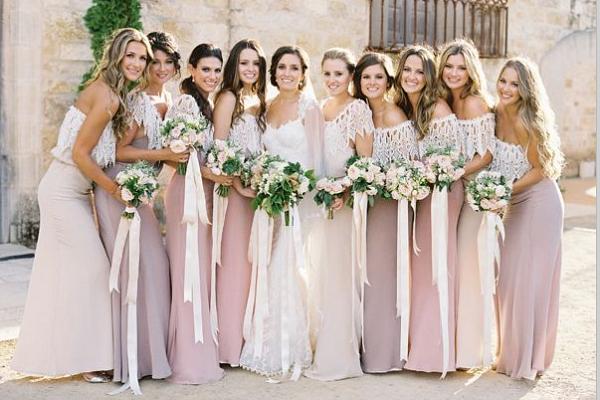 Если невеста в бежевом платье